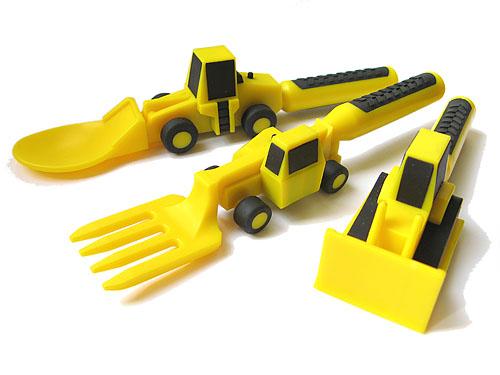 Constructive-Eating-utensils3