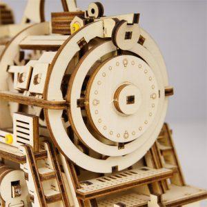 Wooden 3D Mechanical Locomotive